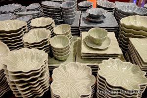 タイの焼き物「セラドン焼き」の魅力