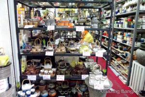 「チャトチャック・ウィークエンド・マーケット」で売られている商品
