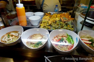 タイの庶民派グルメを「フードコート」で食べ尽くそう!