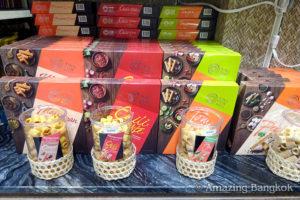 3階:お菓子、ジムトンプソン、タイ雑貨、レストラン