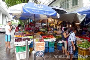 バンコクの市場は雑貨の宝庫 ラライサップ市場(OL市場)
