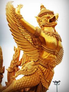 タイ仏教の神様 ガルーダ
