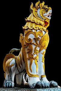 タイ仏教の神様 シン(狛犬)